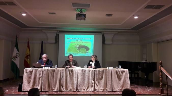 conferencia-en-la-economica-foto